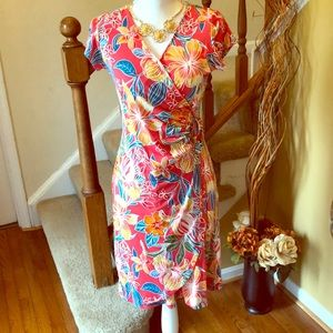 😍 Pretty Floral Dress